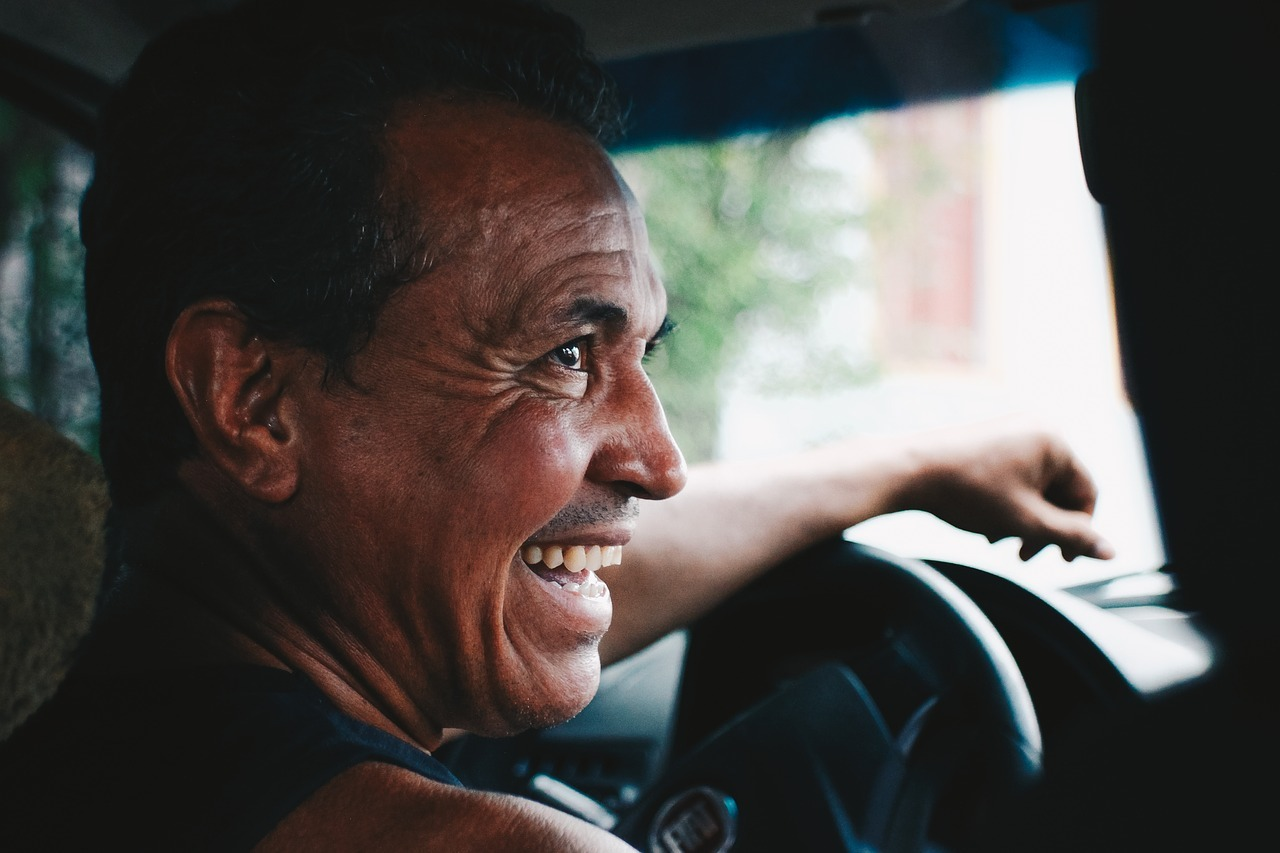 What To Expect When Living With Dentures For The First Time